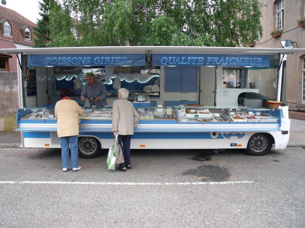 Camion poissonnerie panoramique bcc fabricant de for Camion magasin occasion belgique